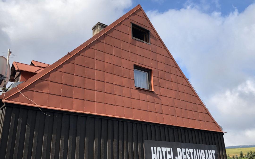 Renovační nátěr střechy – Háj, Loučná pod Klínovcem